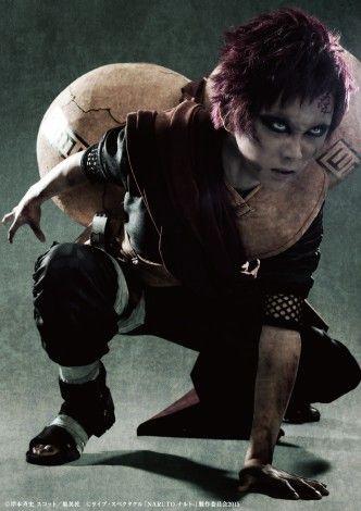 Kenta Suga sebagai Gaara  Lihat di http://grosirbajupriamurah.com/tips-trik-cara/style-inspiration/siapa-pemeran-tokoh-naruto-sasuke-sakura-dan-gara