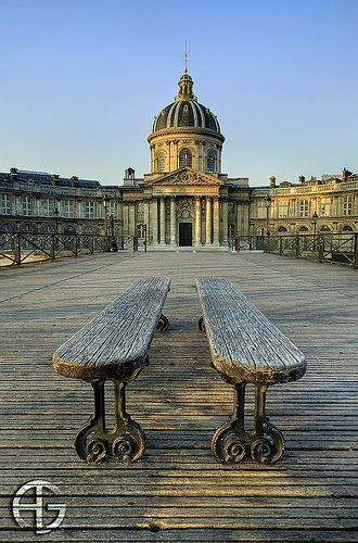 Pont des Arts at sunrise, Paris