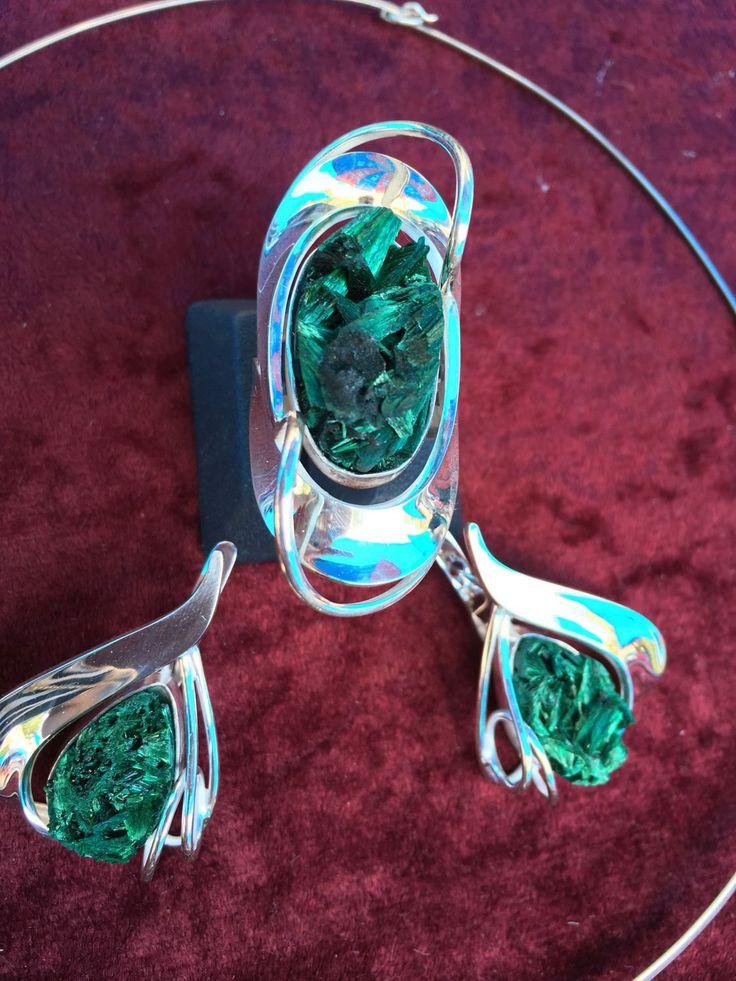 Купить Green Marine. Серьги и кольцо с малахитом в серебре - оригинальное украшение, дизайнерские украшения