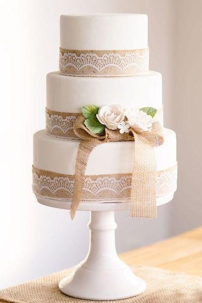 Matrimonio.it   Torte alte #shabby #cake #wedding