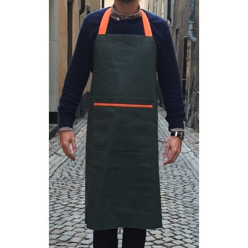 Apron by Bomärke #nordicdesigncollective #bomarke #apron #kitchen #hunting #handsome #clean #green #orange #forhim