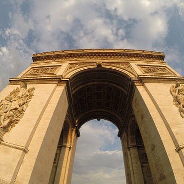 #franciaorszag #biciklitúra #loirementikastèlyok #kerékpártúra #nyaralás #sport #kastélyok #paris #tours #savonnieres #chateudevillandry #azayderideau #chateudelangeais #chatesudeusse #fortresseroyaldechinon #royalabbeyoffontevraud #chateaudemontserau