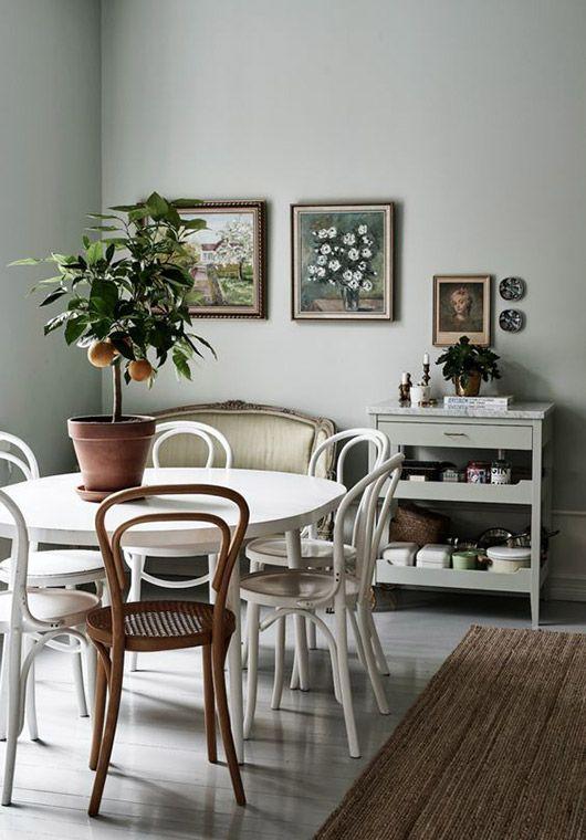 thonet dining chairs. / sfgirlbybay
