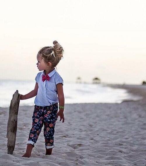 Cute <3 #children #girl #beach #shirt #pants