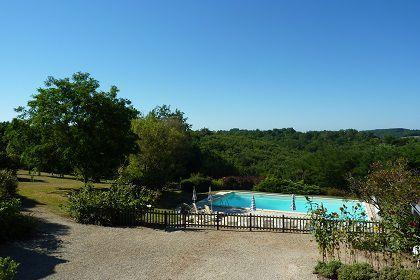 La piscine La Scierie et La Grange locations vacances Le Bugue en Périgord noir