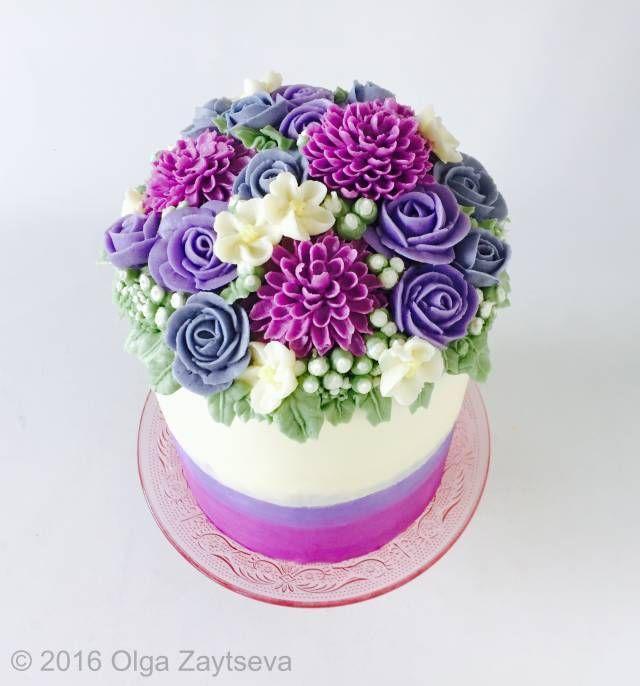 Best 25+ Buttercream flower cake ideas on Pinterest ...