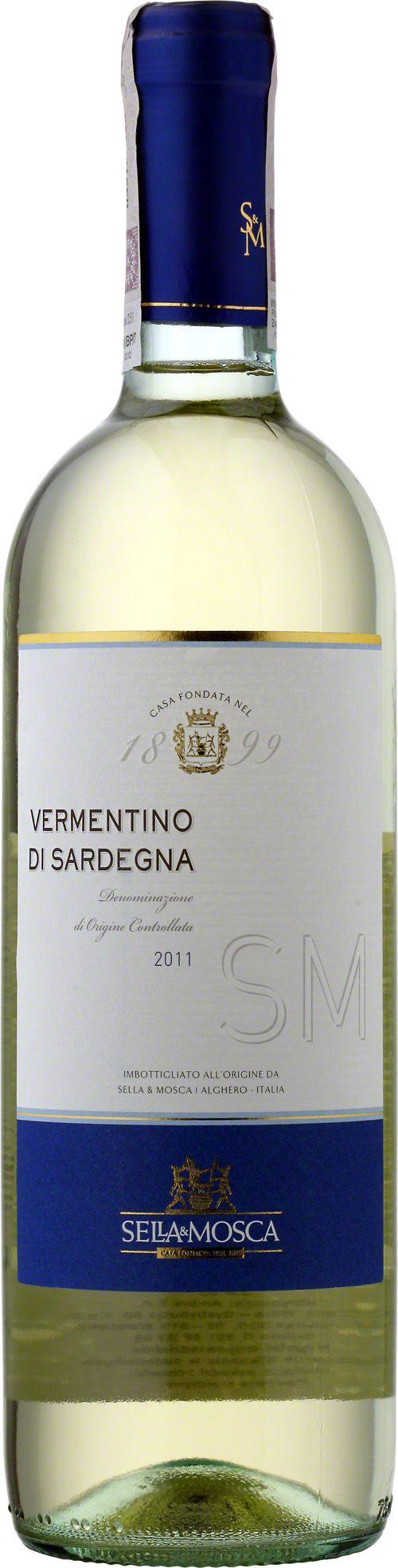 Sella & Mosca Vermentino Di Sardegna D.O.C. Wino o słomkowo-żółtym kolorze z zielonymi refleksami. Przyjemne w zapachu z wyrazistym, owocowym smakiem. Rześki i uniwersalny trunek. #SellaMosca #VermentinoDiSardegna #Vermentino #Włochy #Sarydnia #Wino #Winezja