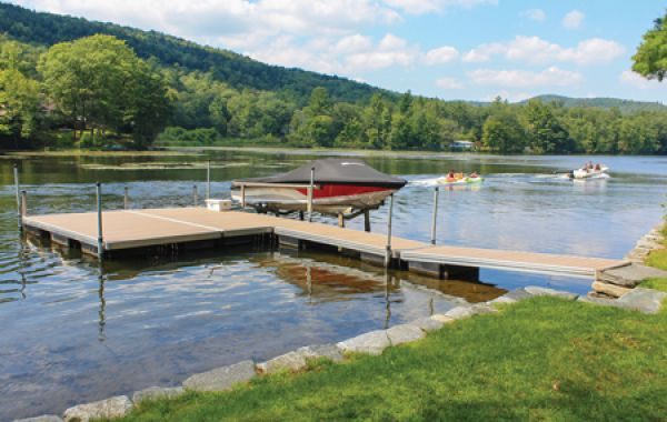 Floating Docks | Aluminum frame floating docks | Galvanized steel truss frame floating docks