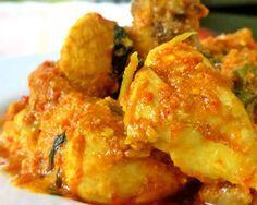 Simak informasi Cara Membuat Resep Ayam Woku Belanga Masakan Asli Manado yang bisa memberikan referensi saat anda akan memasak Ayam Woku Woku.