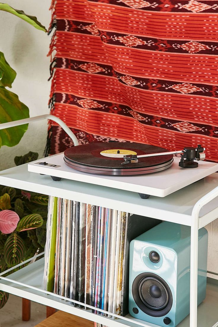 U-Turn Audio Orbit Plus Pre-Amp Vinyl Turntable - White