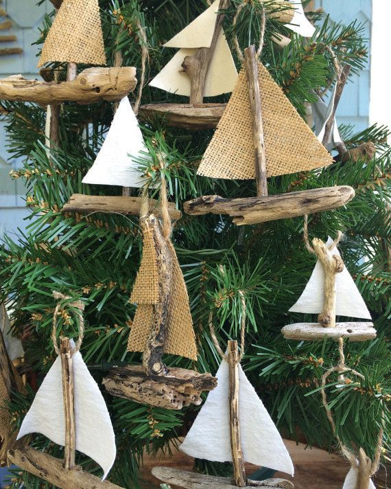 Here Are 25 Decorating Ideas For A Unique Christmas Tree.