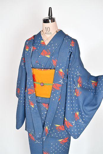 スモークブルーに淡雪絣と花模様愛らしいウールアンサンブル - アンティーク着物・リサイクル着物のオンラインショップ 姉妹屋