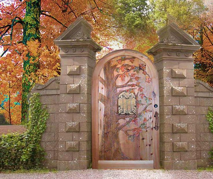 Hand Carved Gate   Autumn Leaves, Hatley Castle Canada