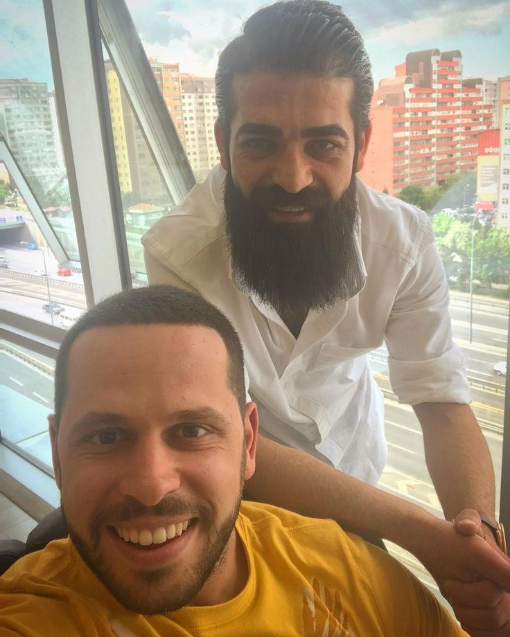 #dali#kardeşim#hair#hairmen#hairstyle#saç#sakal#sakallı#adam#beard#beardstyle#image#selçukardaboutique#turkey#türkiye#istanbul#beylikdüzü#iyihaftalar#kıldan#para#kazanıyoruz#kıl#holding ����✂️✂️ http://turkrazzi.com/ipost/1520362068207908874/?code=BUZaT7tgrgK