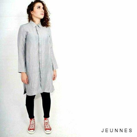 Oversized Shirt. Article buat kalian yang mau tampil beda. Price: 245,000 idr. Size s - xl jeunnes.com