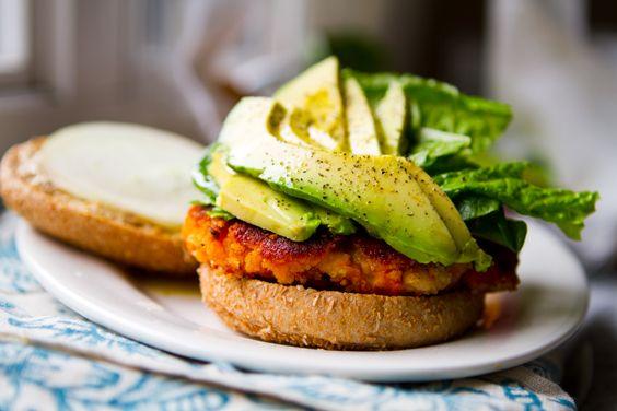vegan-sweet-potato-veggie-burger