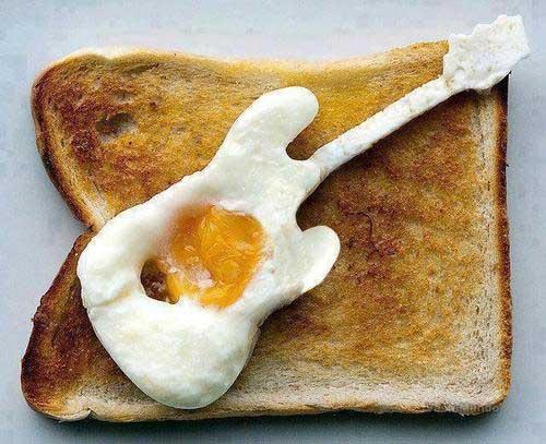 mmmmm ... fried guitar eggs, yum!