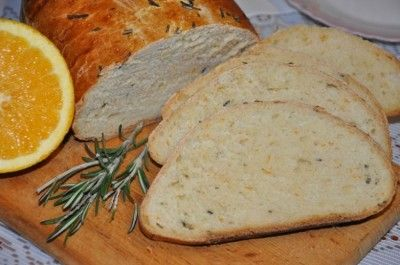 Апельсиновый хлеб с розмарином