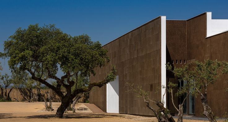New concept of Hotel in Alentejo plain, Evora, Ecorkhotel & Spa Suites