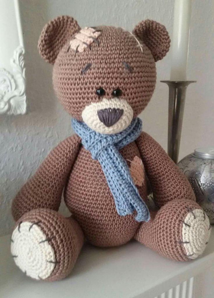 Free Teddy Bear Cowl Crochet Pattern : 838 beste afbeeldingen van Amigurumi Bear / Ours