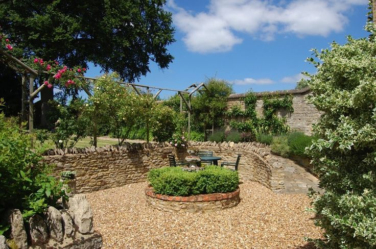 The Old Stone Barn, Warrington, Olney, Buckinghamshire, UK, England. Self Catering. #WeAcceptPets. Holiday Homes. Working Farm. Holiday. Travel. Disabled Facilities Available. Shopping.