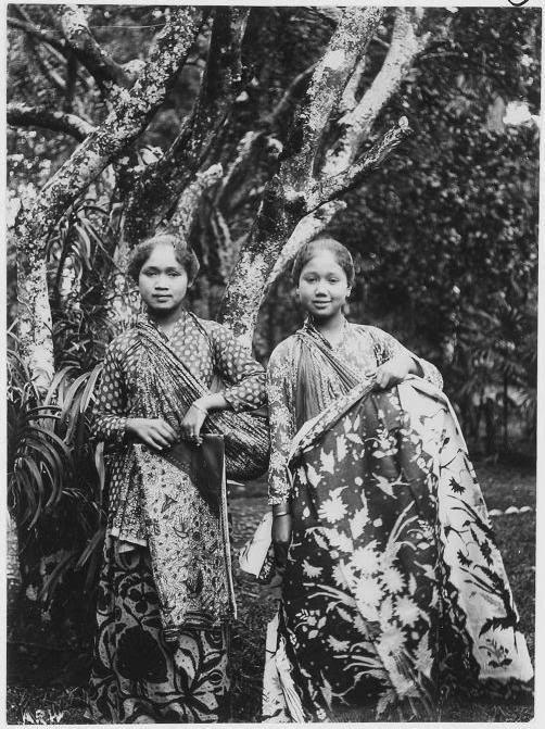 Javanese girls. Date unknown.
