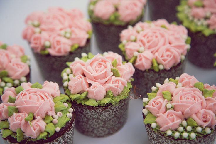Flower cupcake with butter cream