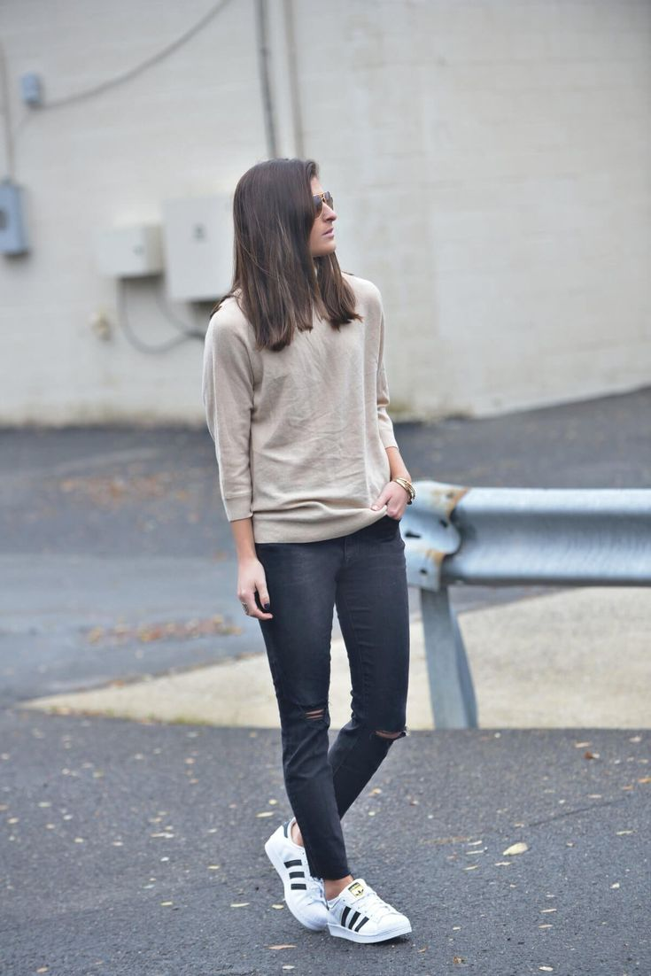 Street Cred  nyc street style, casual outfit, fall outfit ideas, fall outfit, fall fashion, outfits for fall, fashion blogger #tobebright