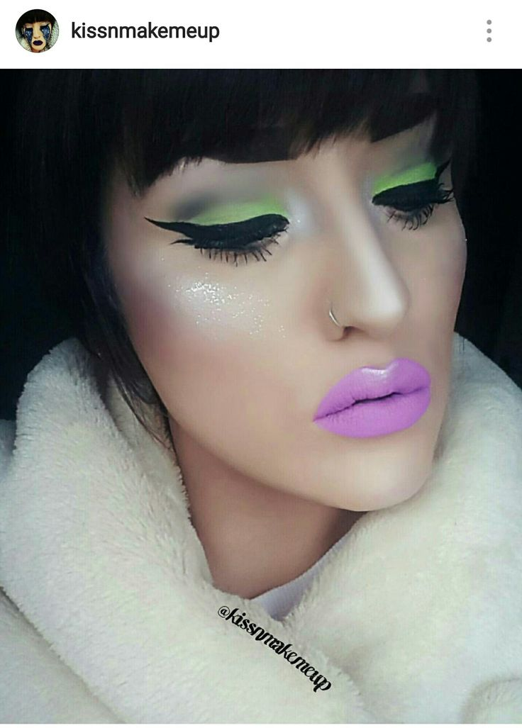 #neonmakeup by @kissnmakemeup