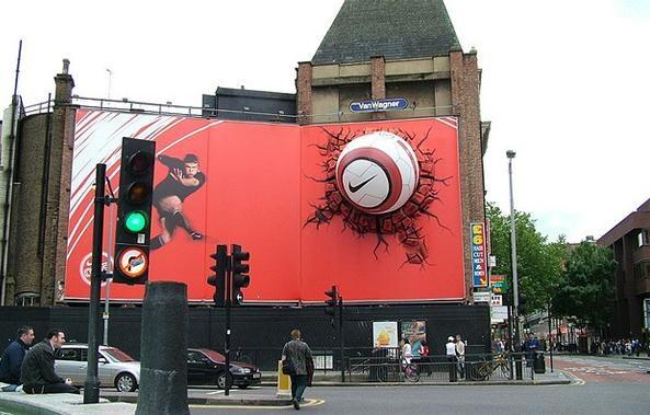 Billboards y vallas publicitarias extremadamente creativas | #ambient #creative #guerillamarketing  #guerilla #ambientmedia <<< repinned by www.BlickeDeeler.de | Follow us on www.facebook.com/BlickeDeeler