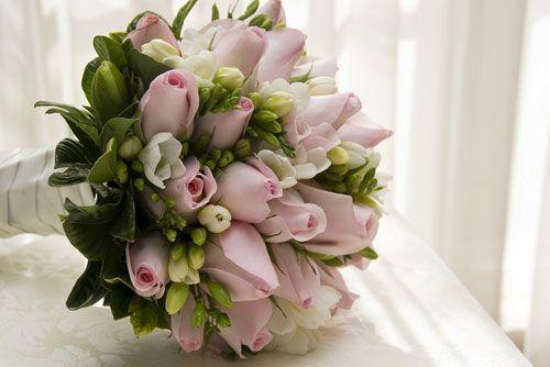Come conservare il bouquet della sposa, i trattamenti professionali. Guarda altre immagini di bouquet sposa: http://www.matrimonio.it/collezioni/bouquet/3__cat