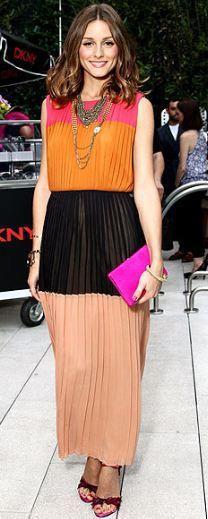 Necklace – Topshop, Shoes – Stuart Weitzman, Dress – DKNY, Purse – Reiss Maddox (2011)
