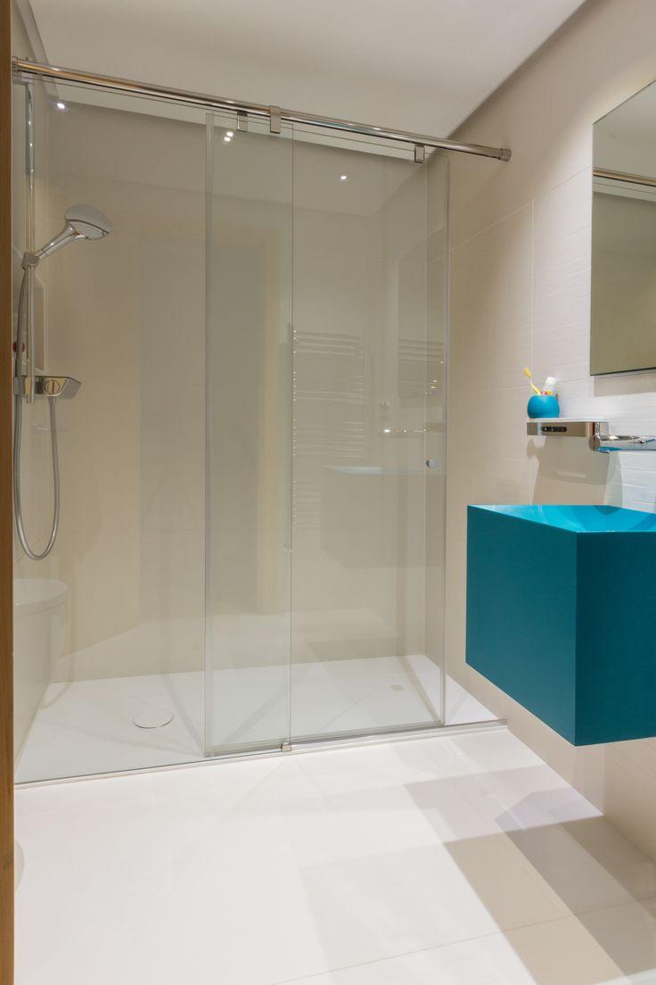 encoba21, baño con  plato de ducha realizados en betacryl, #baño, #platoducha, #ducha, #betacryl.