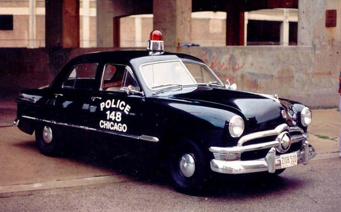 Chicago PD 1950 Ford.