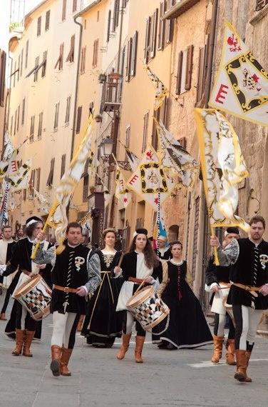 corteo storico Festa di San Ciriaco Terziere di Cittavecchia Massa M/ma
