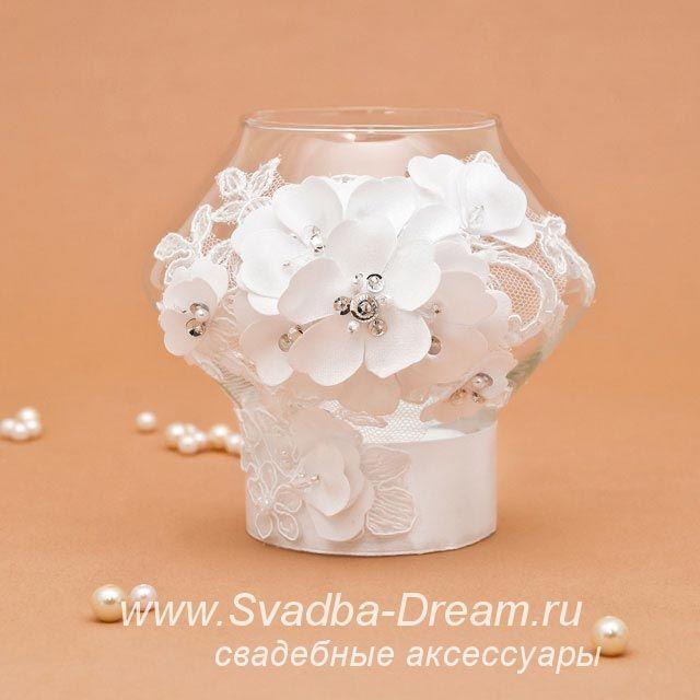 Свеча в стекле для украшения свадебного стола белая - свадебные аксессуары от Svadba-Dream.ru