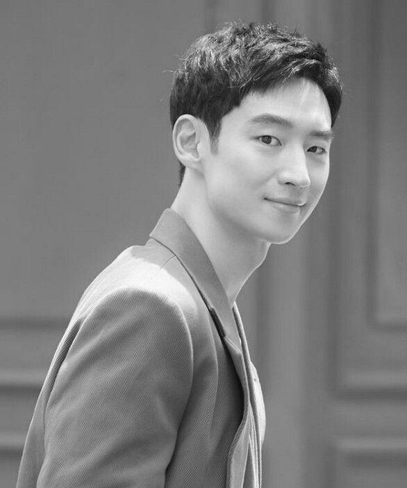Pin On Lee Je Hoon