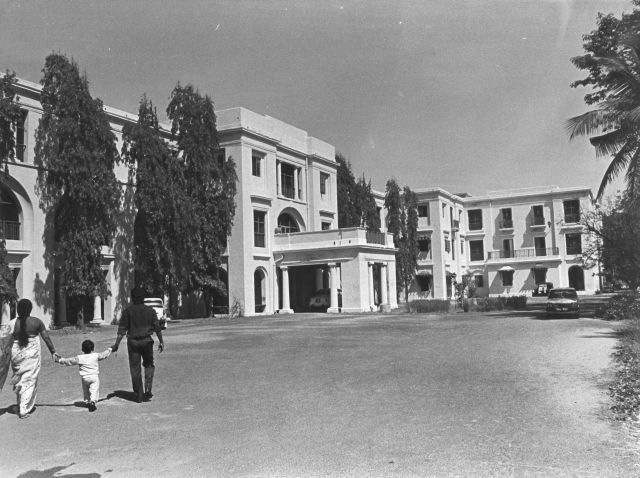 Queen Mary's College:  Located on Kamaraj Salai, right opposite Marina beach, Queen Mary's College is one of the landmarks of the city. The college, which is now 100 years old, has had many illustrious alumni.  The college campus, called Capper House, was the residence of a British Lieutenant Colonel and then a hotel, before it was converted into the college. Later, the building was demolished to make way for the modern 'Kalaignar Maligai' in 2010.