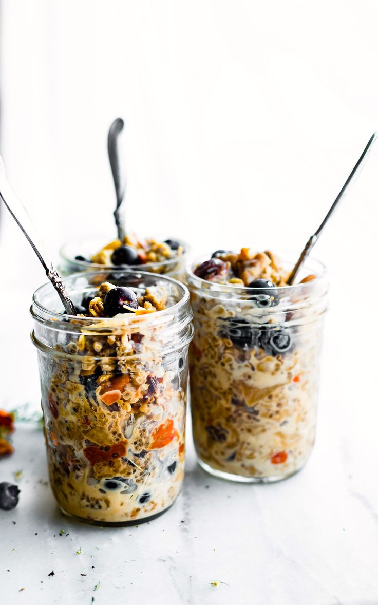 Superfood Instant Pot Oatmeal in a Jar! A healthy breakfast meal prep recipe or breakfast to-go. This electric pressure cooker oatmeal recipe is filled with superfoods; gluten free rolled oats, apples, walnuts, flaxseed, goji berries. Wholesome breakfast made in a multi-cooker, slow cooker, or stove top. Vegan option.