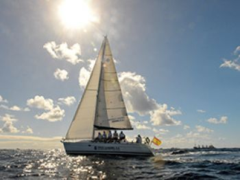 A leisurely sail around the harbour of Gran Canaria for a smaller group. ( passengers maximum. http://justbookexcursions.com/en/excursion/LPA-gran-canaria/H5931-las-palmas-boat-trip/