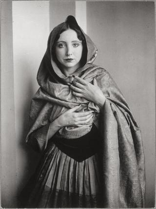 Anais Nin por Man Ray, 1932. Veja também: http://semioticas1.blogspot.com.br/2011/07/fala-da-moda.html
