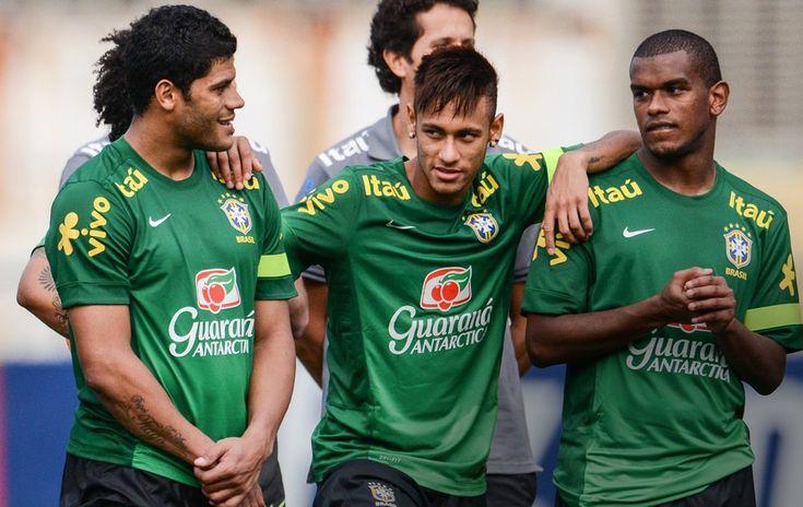 globoesporte - FOTOS: Treino da Seleção nesta quinta-feira em Goiânia - fotos em seleção brasileira