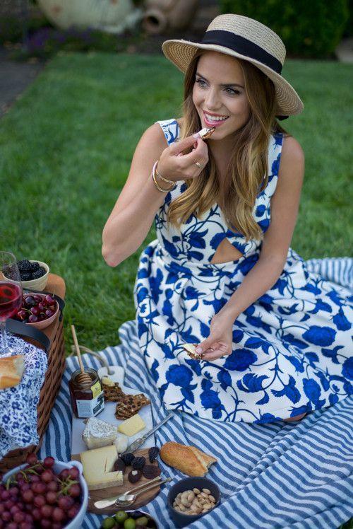 широкого ассортимента одежда на пикник летом фото про