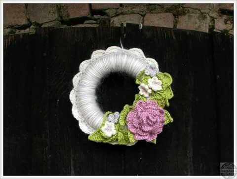 Crochet easter - spring wreath