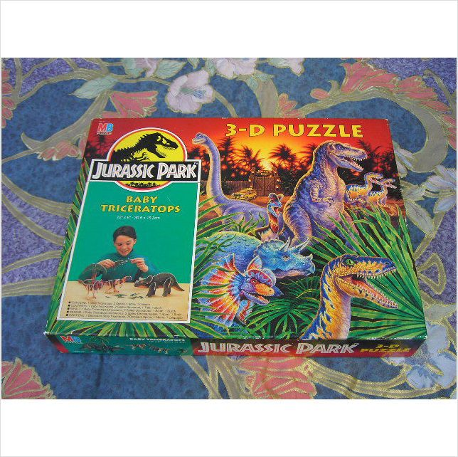 1993 3-D Jurassic Park Puzzle Baby Triceratops