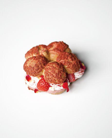 パリブレスト 木苺とローズのクリーム
