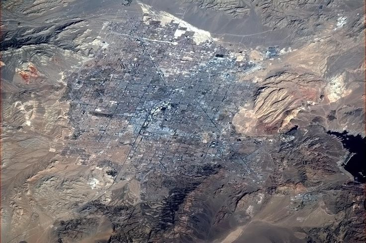 Chris Hadfield‏@Cmdr_Hadfield  |  Las Vegas, NV, with The Strip visible from orbit, and Lake Mead at far right.   | Jan 23, 2013