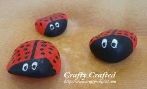 Took this idea and made our own painted rocks.  we made our own bedrock city: Insects Crafts, Paintings Rocks, Ladybugs Paintings, Paintings Ladybugs, Ladybugs Rocks, Ladybugs Cut, Pet Rocks, Fun Crafts, Rocks Paintings