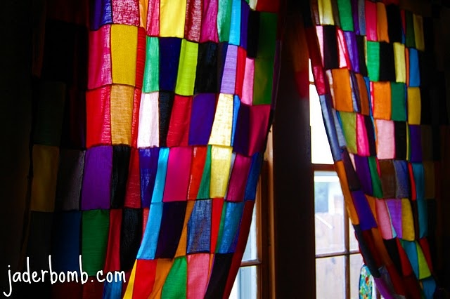 "Jaderbomb.com: Check out my ""stained glass"" curtains I made!!!: Diy Ideas, Colors Patchwork, Patchwork Curtains, Dreams Houses, Crafts Ideas, Colors Curtains, Glasses Curtains, Diy Curtains, Stained Glasses"