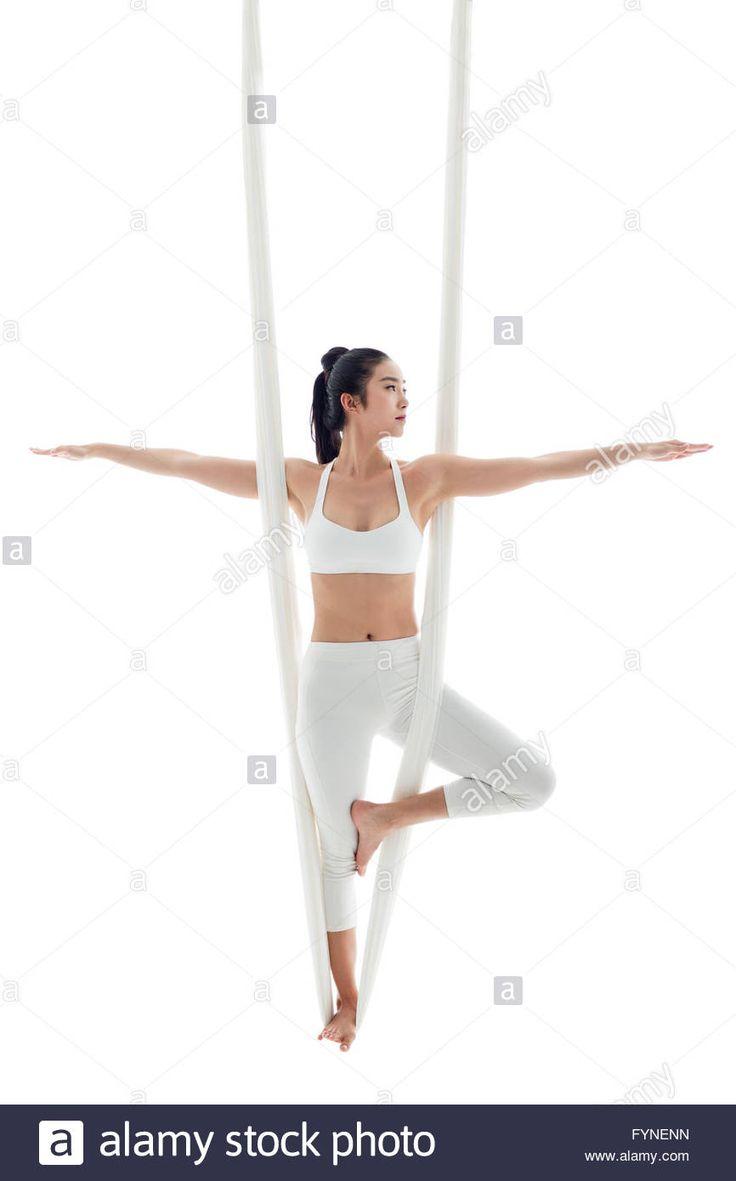 Młoda kobieta ćwiczenia jogi Zdjęcie aerial photo